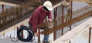 شركة بناء بمدينة وجدة توظيف 60 منصب عمال مستخدمين و عمال بناء و عمال الحدادة بدون دبلوم Ouvrie10