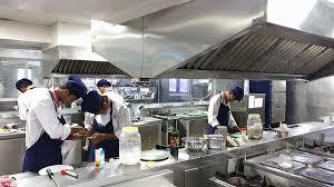مطاعم الفاخرة والفنادق والمنتجعات الجبلية بكندا توظيف 20 طباخ مغربي حاصل على دبلوم التاهيل بعقد دائم قبل 22 نونبر 2018  Recrut15