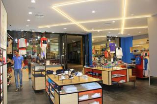 مجموعة سفاري safari import-export للاستيراد والتصدير و تسويق العلامات التجارية كبرى للملابس توظيف في عدة مناصب Safari10