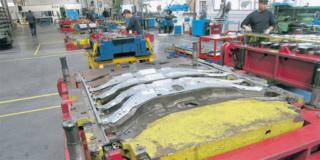 شركة فرنسية متخصصة في ختم وتقطيع الصفائح المعدنية الخاصة بالسيارات و مزود الرئيسي لمصنع رونو تشغيل 30 عامل انتاج Snop_t10