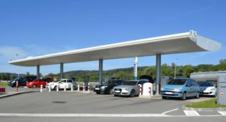 محطات الوقود و الخدمات توظيف 30 منصب متعدد الوظائف بعدة مدن Statio10