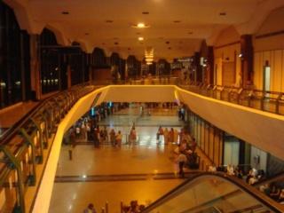 متجر لمنتجات الحرف اليدوية المغربية توظيف 20 بائع براتب 3600 درهم بمطار محمد الخامس بالدارالبيضاء Sud_bi10