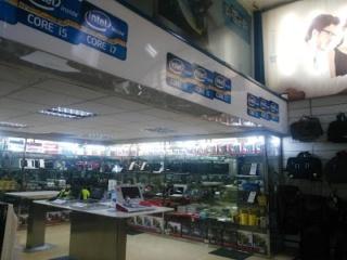 شركة لمجموعة متاجر اجهزة الالكترونية و المعلوميات و التجارة الالكترونية توظيف 25 منصب في عدة مدن Surcou10