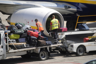 شركة اجنبية لتدبير المطارات توظيف 60 عون بالبكالوريا و دبلوم تقني بمطار مراكش المناراة  Swissp15