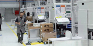 مصنع رائد عالميا لأنظمة التوصيل الخاصة بالسيارات و الطيران تشغيل 40 عامل تجميع Te-con10