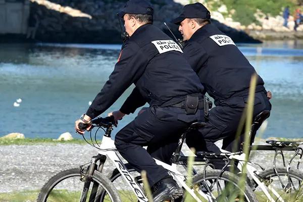 الى كل الشباب الراغبين في التوظيف بالاسلاك الشرطة 2020 - حول مباريات التوظيف بالامن الوطني 2020 Touris10