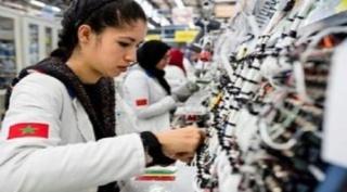 عاجل مطلوب 300 عاملة براتب ثابت و بدون دبلوم مع توفير خدمة النقل و علاوات شهرية Ya_aai10