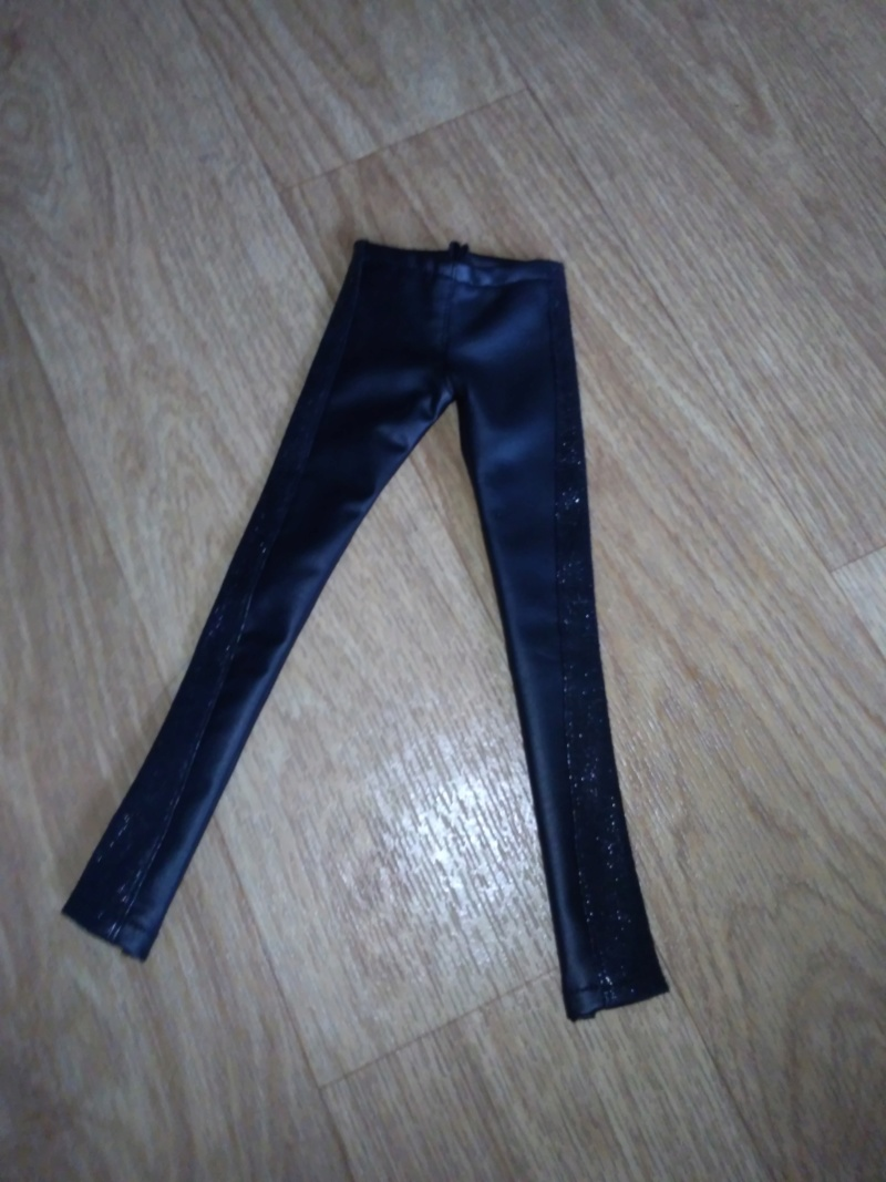 [VEND] Vêtements toutes tailles! Ajout outfit1/6 et msd shoe P_201215