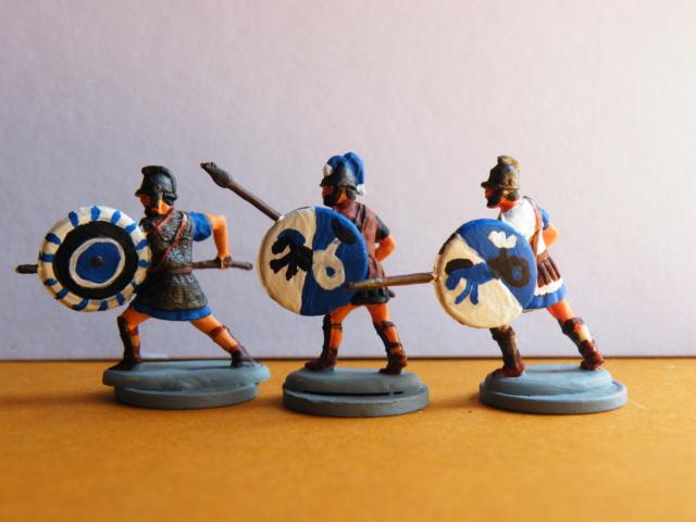 Neue Figuren (hell blaugraue Armee) Dscf0612
