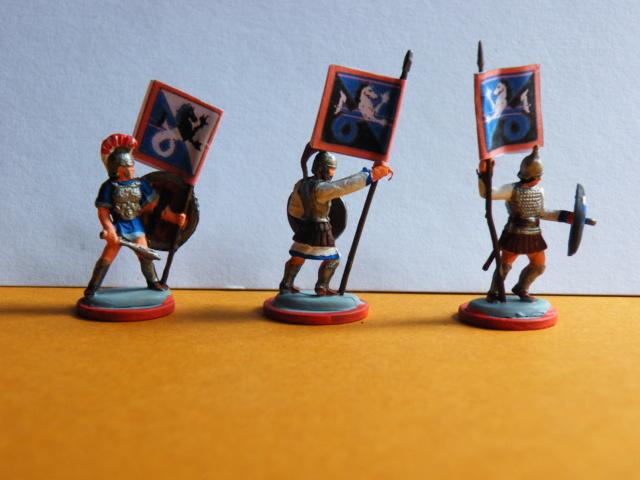 Neue Figuren (hell blaugraue Armee) Dscf0618
