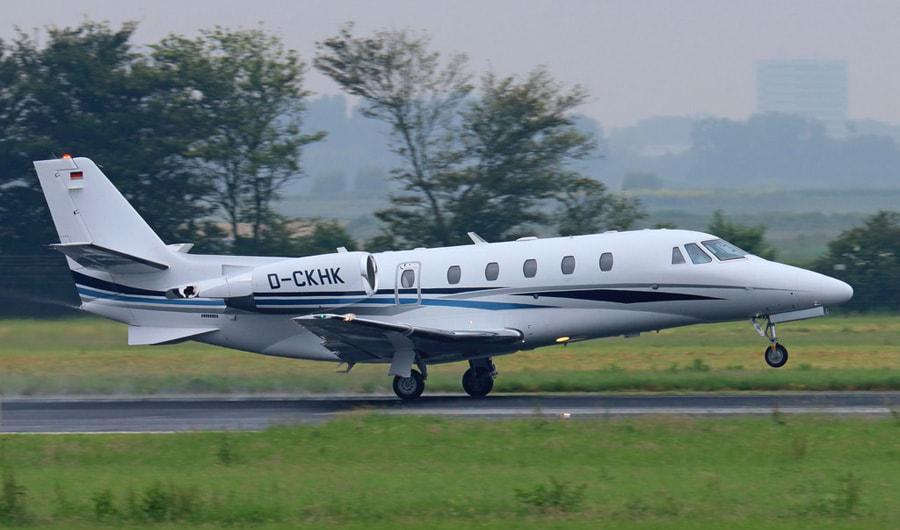 JET Aircraft  11-d-c10