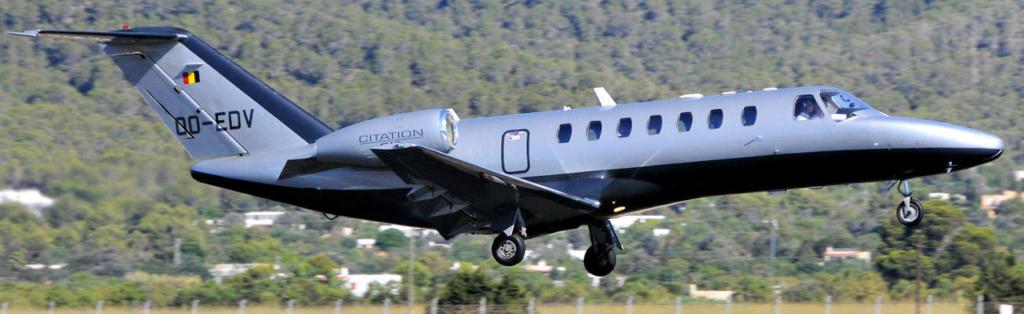 JET Aircraft  36712x10