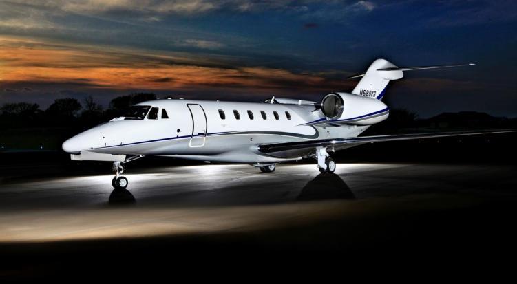 JET Aircraft  379510