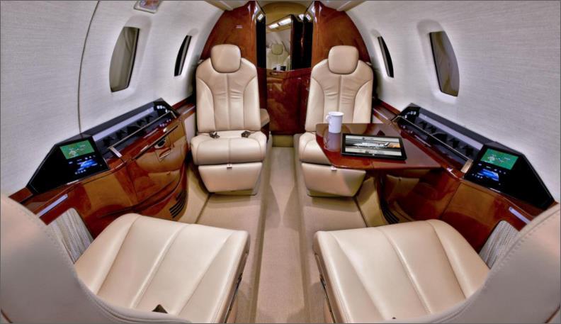 JET Aircraft  42121210