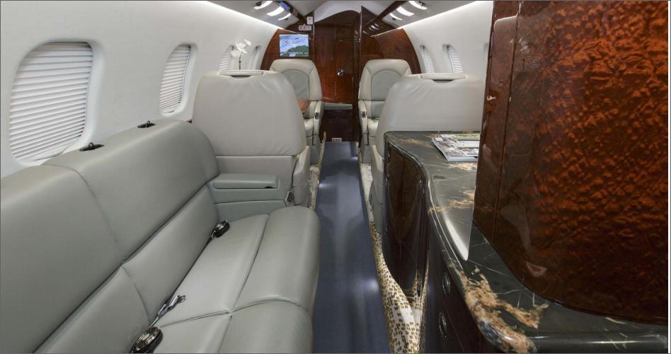 JET Aircraft  45121014