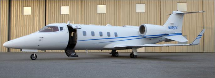 JET Aircraft  45642110
