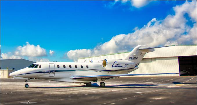 JET Aircraft  54545110