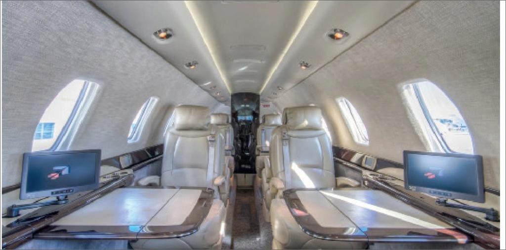 JET Aircraft  78545410