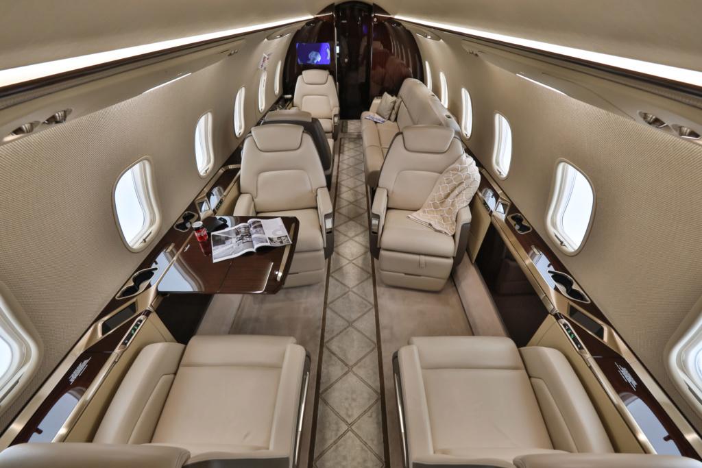 JET Aircraft  Cl350_11