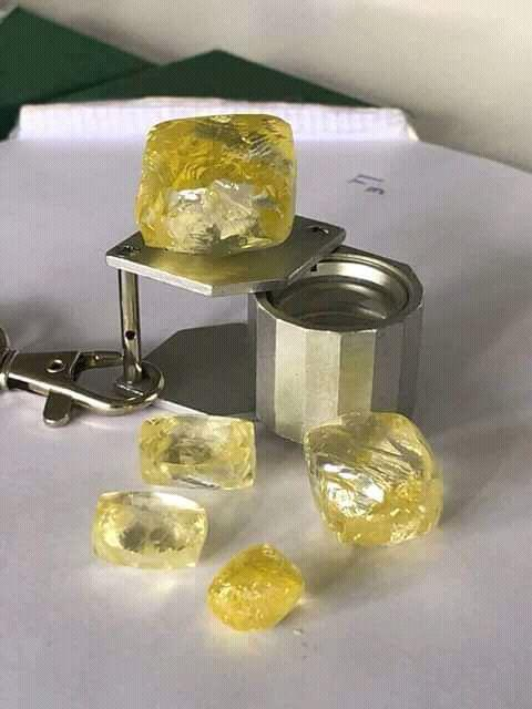 Offer Rough Diamonds offer at Brinks Dubai Img-2021