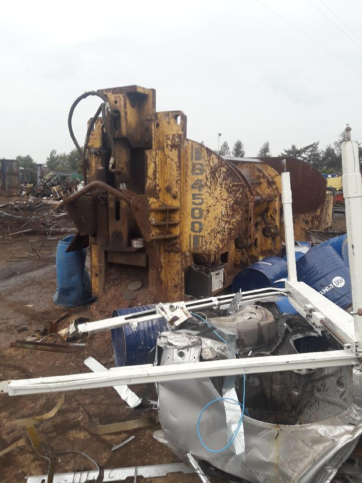 Buyer for shearbaler 600 with belt or wheels Whatsa29