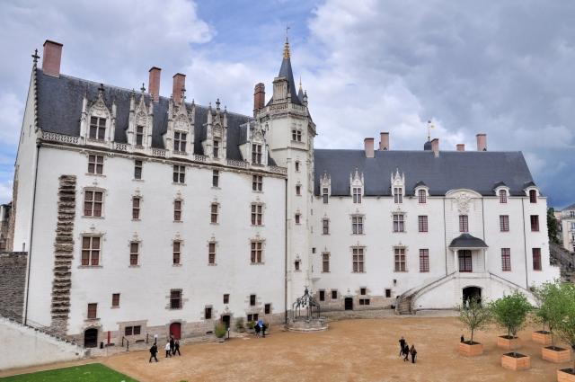 ah mon beau château !  8_chat10