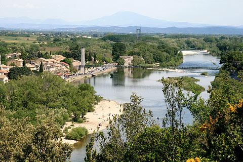 Les plus beaux villages de France  Aiguez10