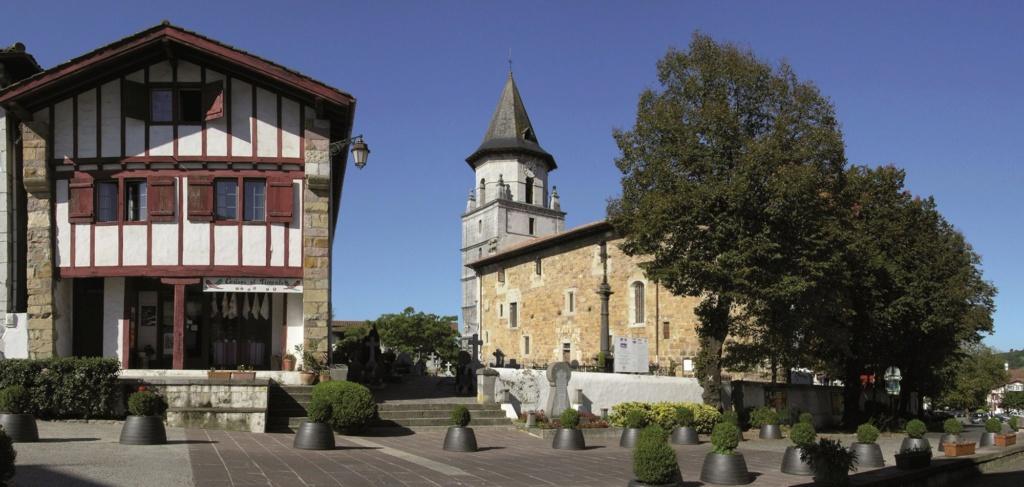Les plus beaux villages de France  Ainhoa10