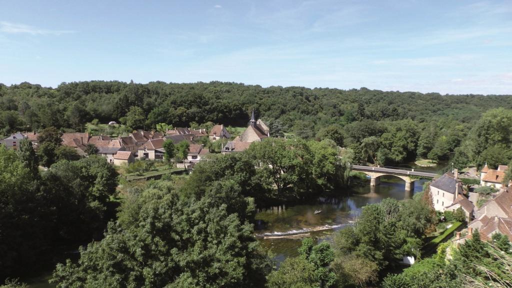Les plus beaux villages de France  Angles10