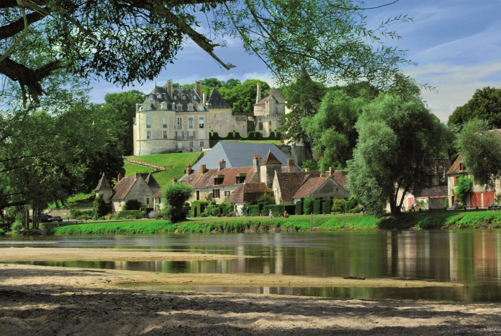Les plus beaux villages de France  Apremo10