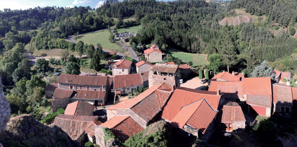 Les plus beaux villages de France  Arlemp13