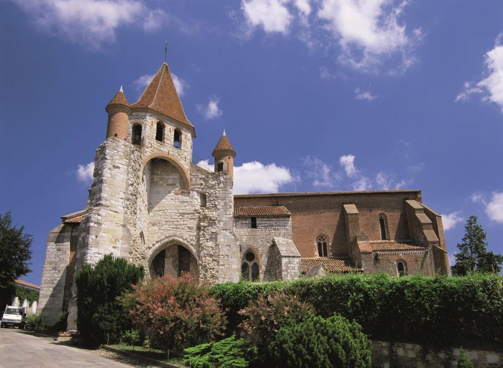 Les plus beaux villages de France  Auvill12