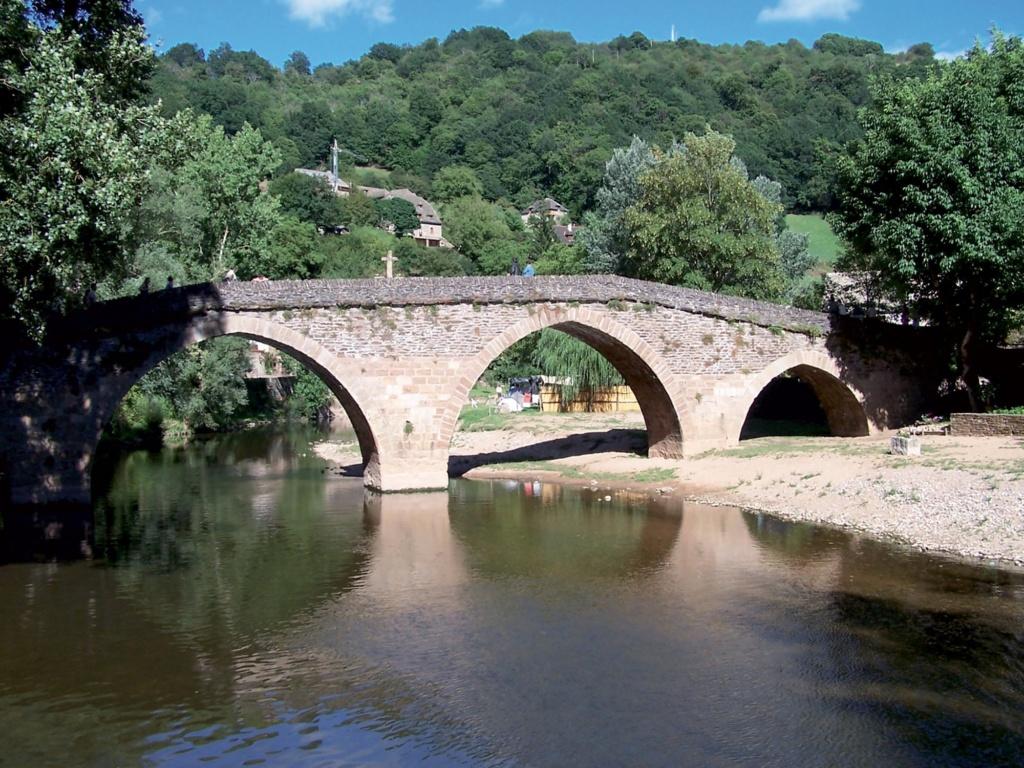 Les plus beaux villages de France  Belcas12