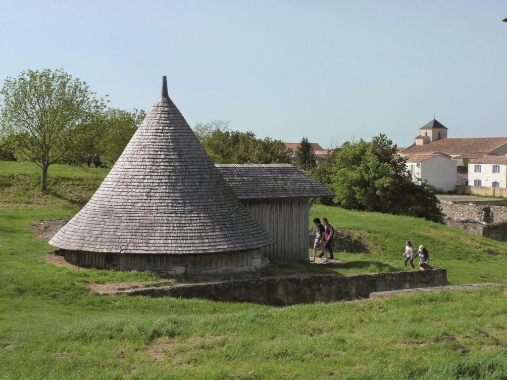 Les plus beaux villages de France  - Page 2 Brouag13