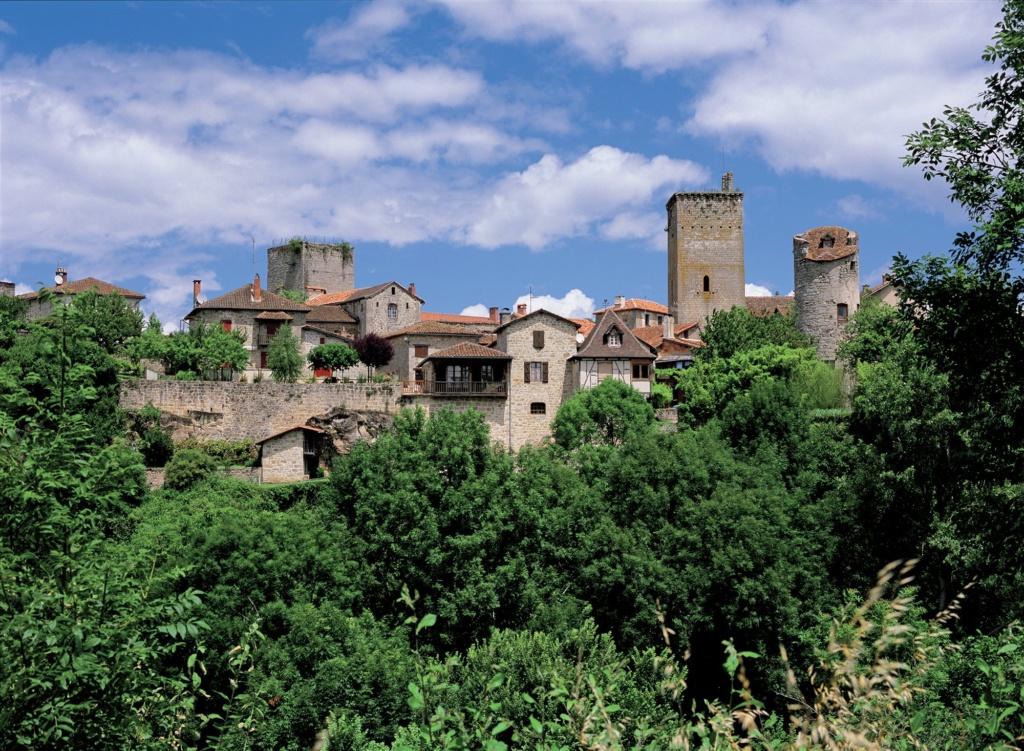 Les plus beaux villages de France  - Page 2 Cardai10
