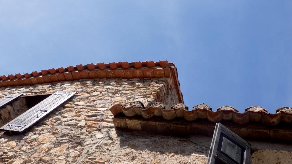 Les plus beaux villages de France  - Page 2 Castel18