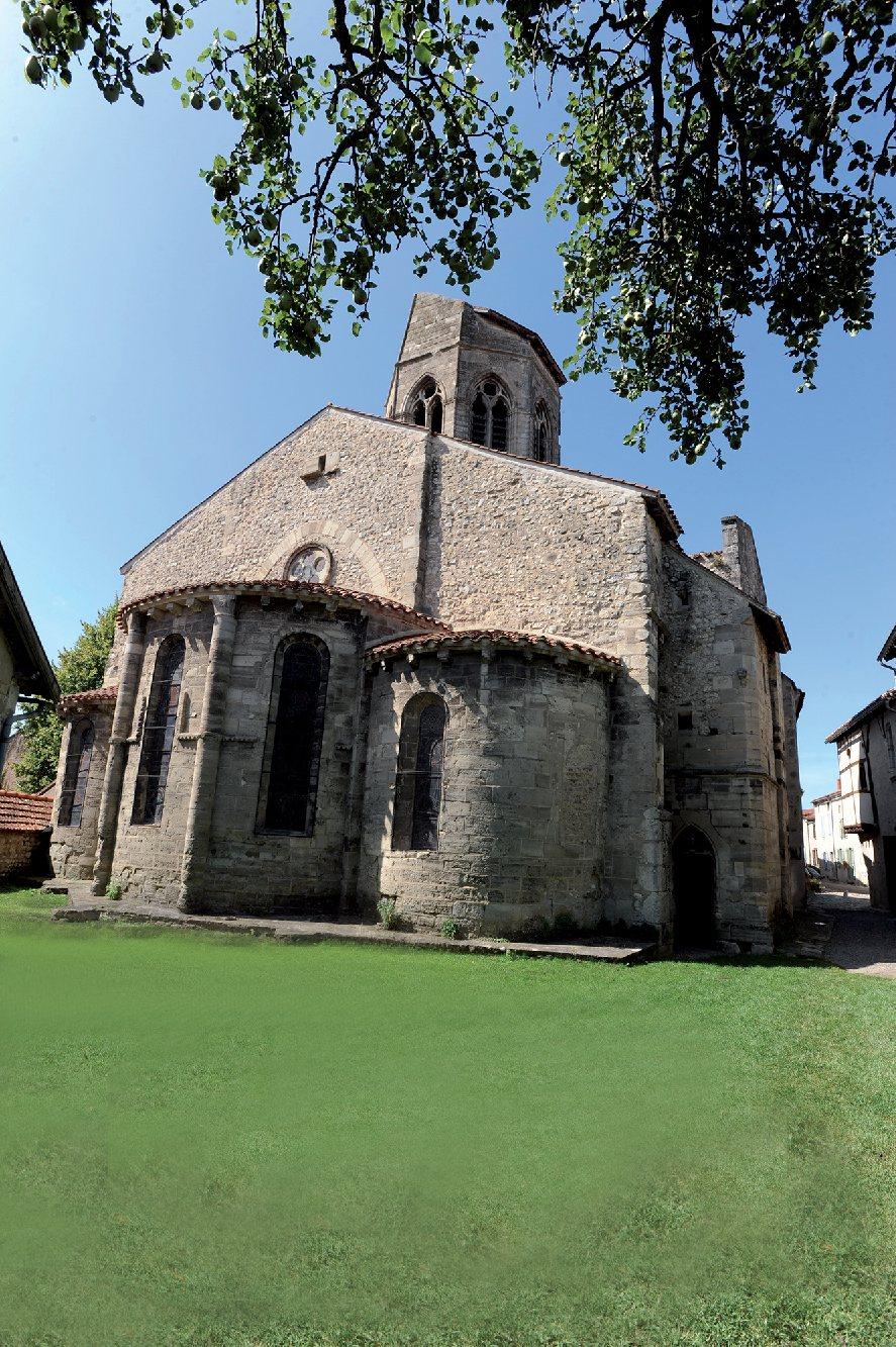Les plus beaux villages de France  - Page 2 Charro11