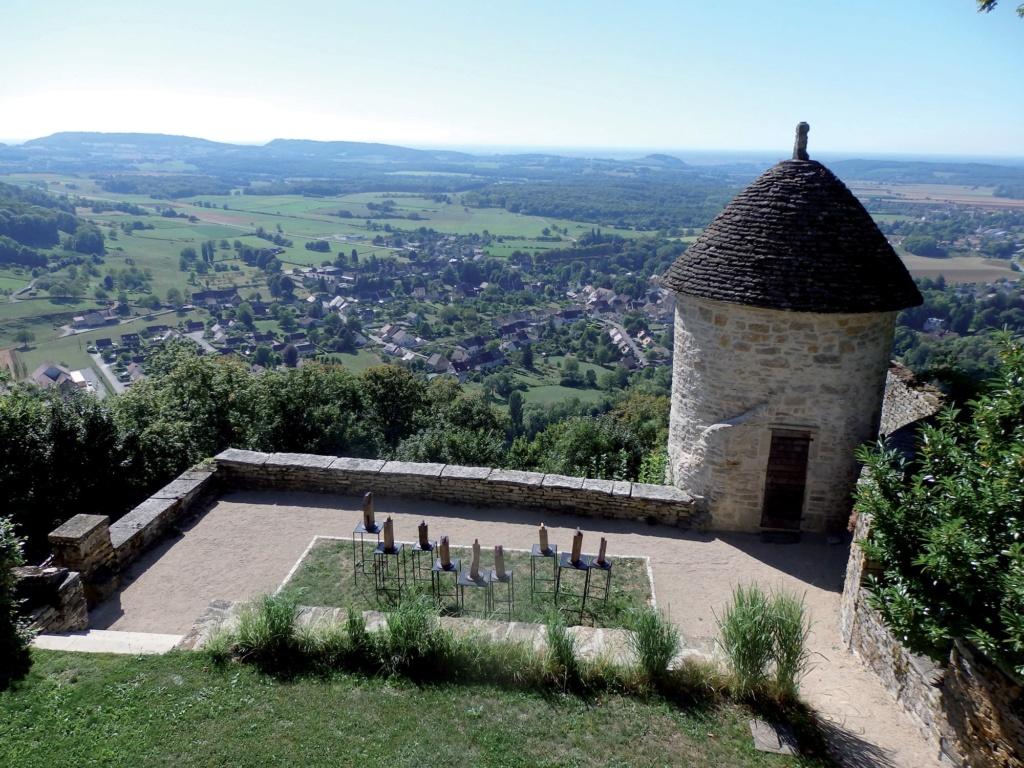 Les plus beaux villages de France  - Page 2 Chatea11