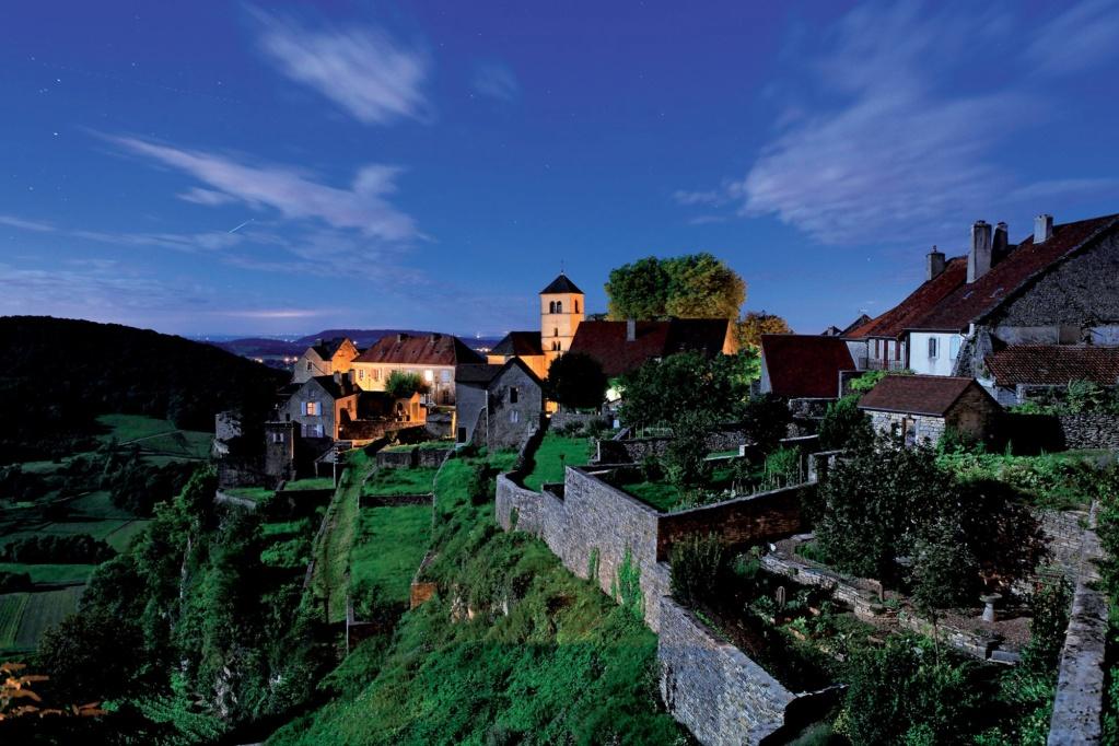 Les plus beaux villages de France  - Page 2 Chatea13