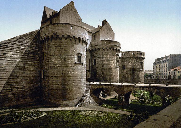 ah mon beau château !  Ducs-d10