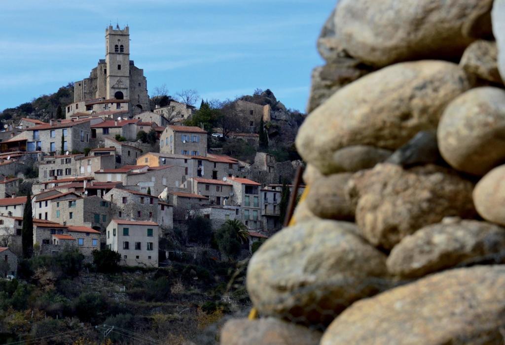 Les plus beaux villages de France  - Page 3 Eus-vu11