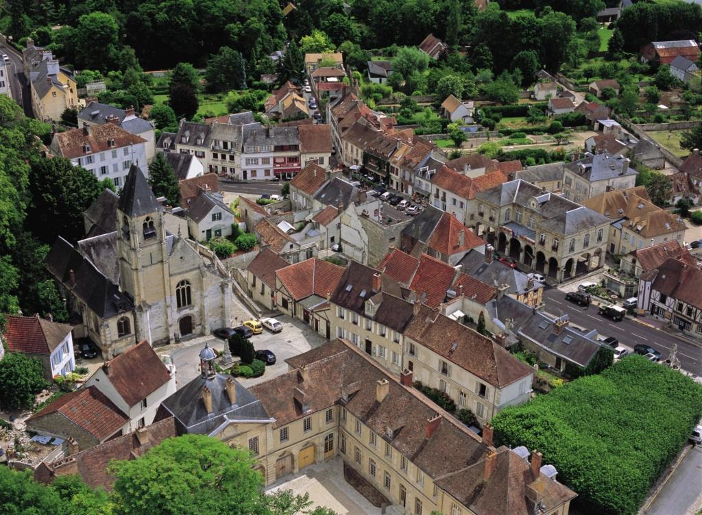 Les plus beaux villages de France  - Page 3 La-roc15
