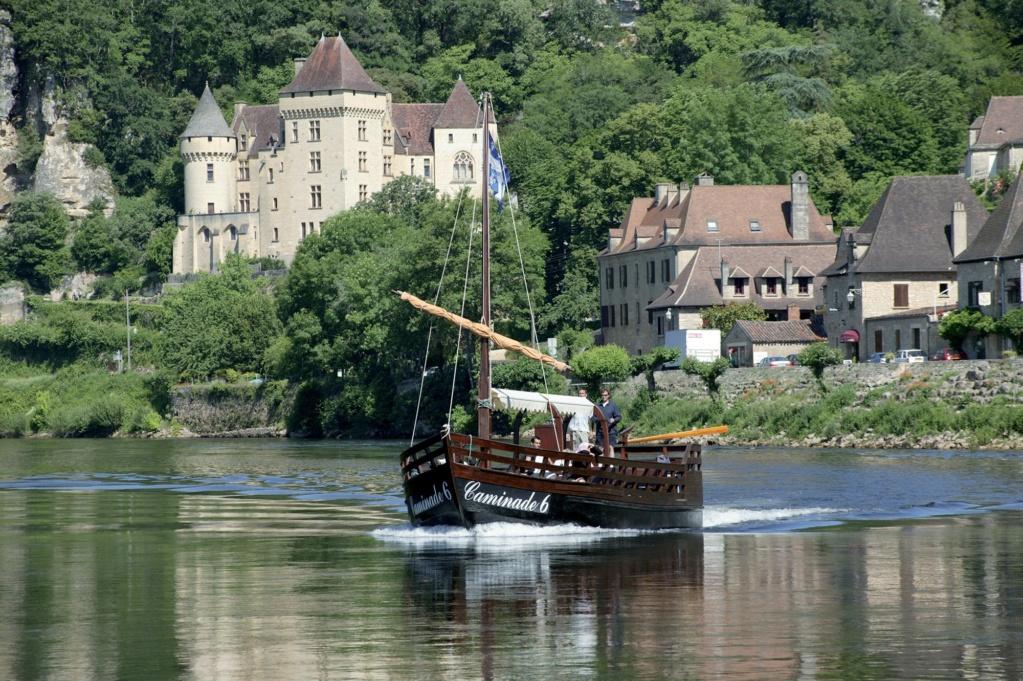 Les plus beaux villages de France  - Page 3 La-roq11