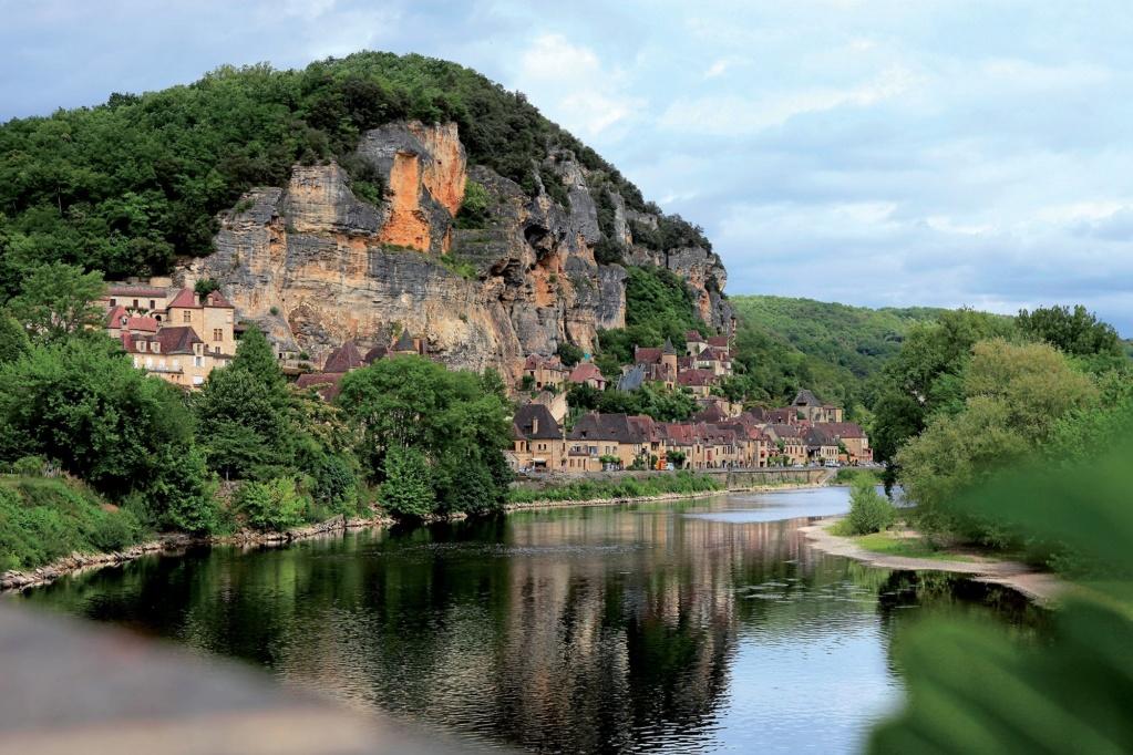 Les plus beaux villages de France  - Page 3 La-roq13