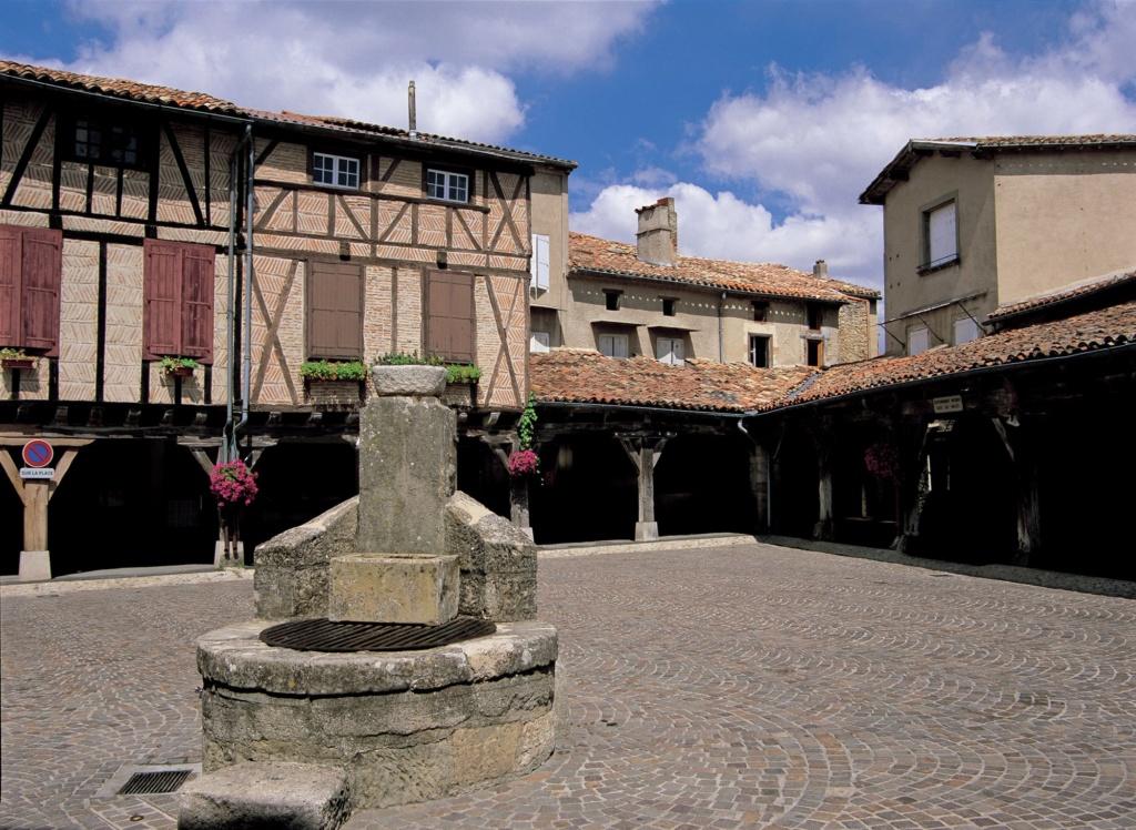 Les plus beaux villages de France  - Page 4 Lautre12