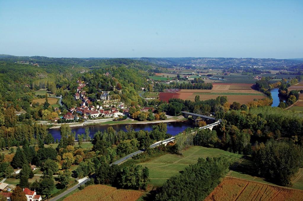 Les plus beaux villages de France  - Page 4 Limeui13