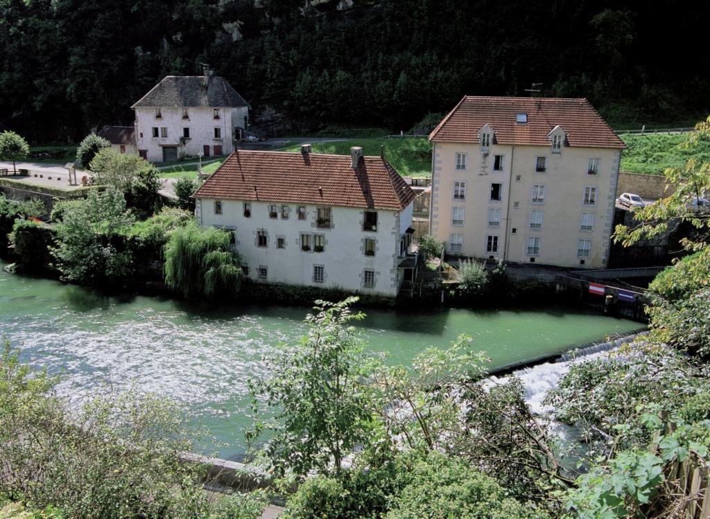 Les plus beaux villages de France  - Page 4 Lods-m10