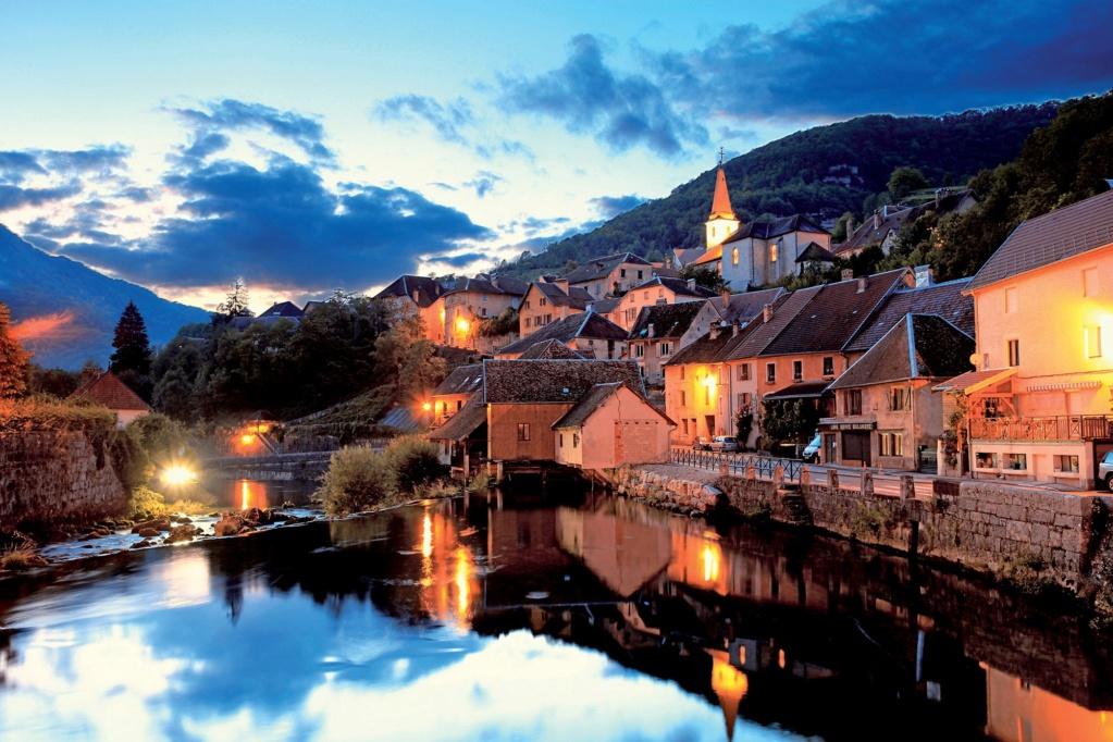 Les plus beaux villages de France  - Page 4 Lods-t10