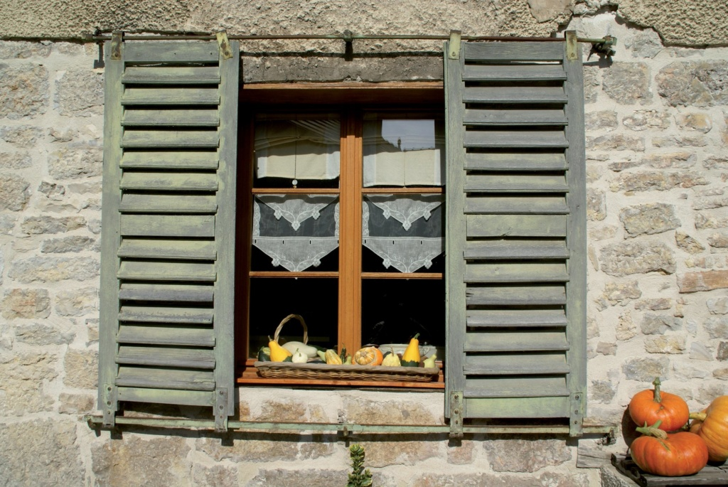 Les plus beaux villages de France  - Page 4 Lods-v10