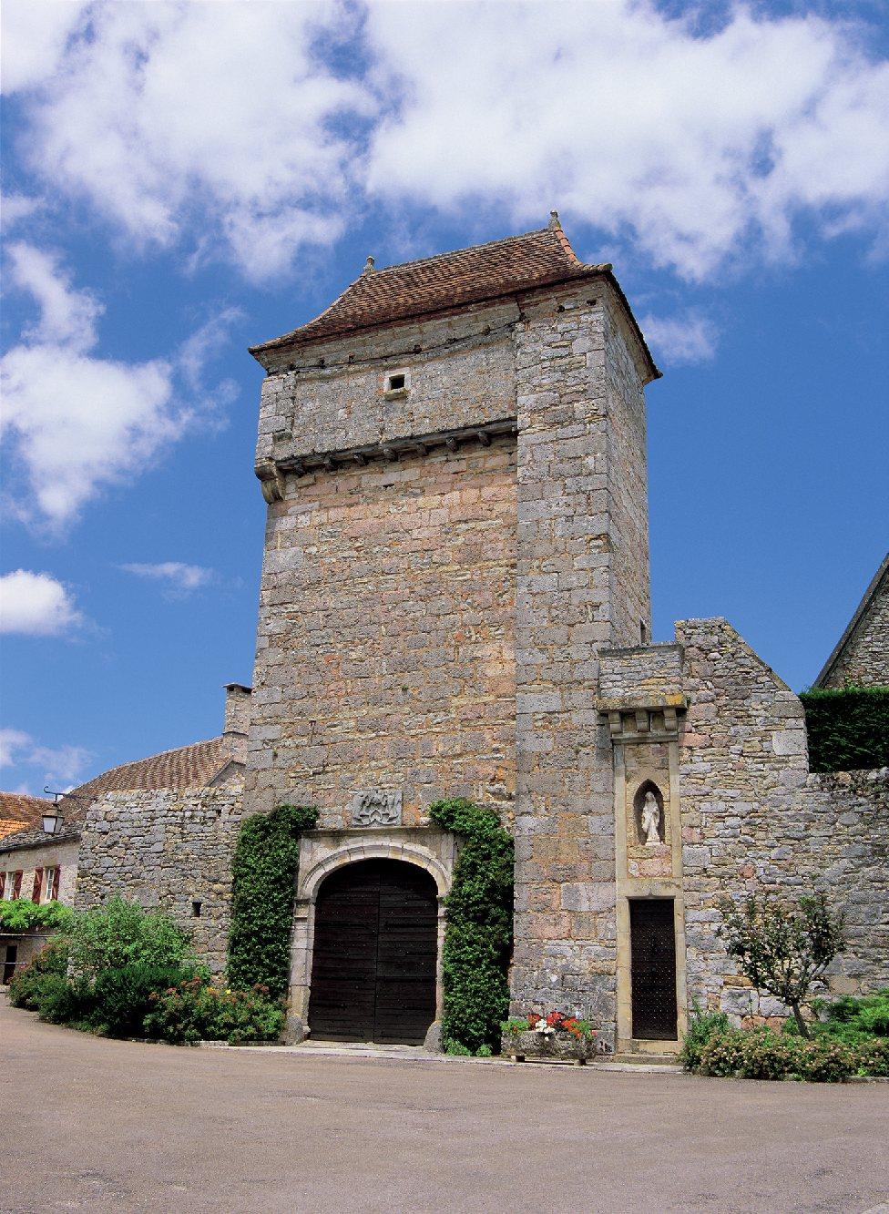 Les plus beaux villages de France  - Page 4 Loubre12